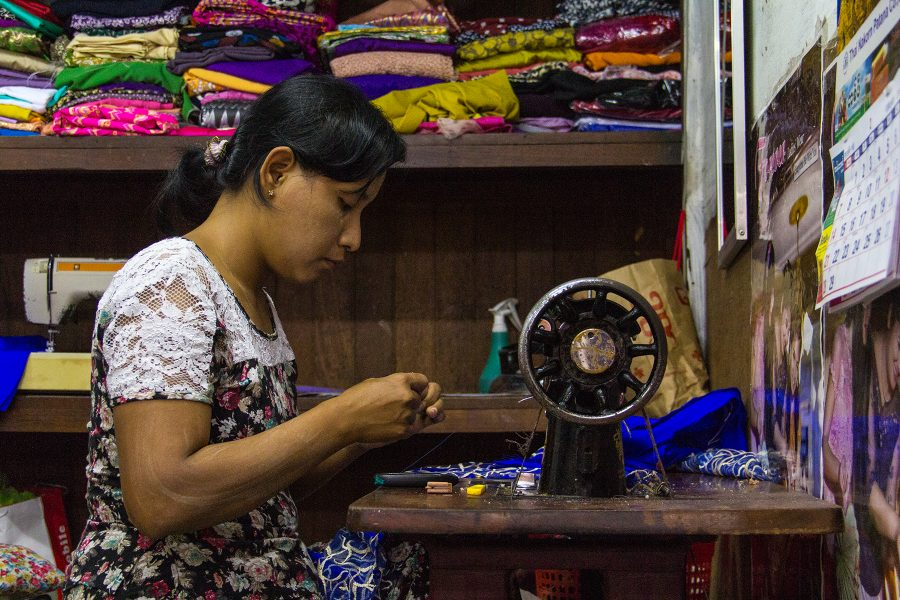 The Women of Myanmar 02 - Gary Cawood