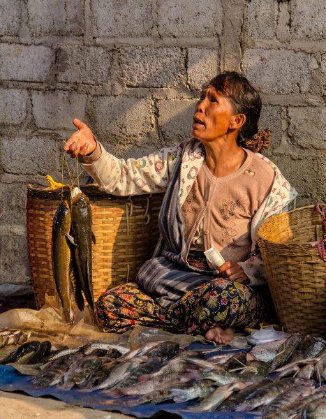 The Women of Myanmar 05 - Gary Cawood