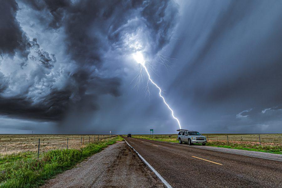 Storm Chasing - Tornado Alley 02 - Don Goldman