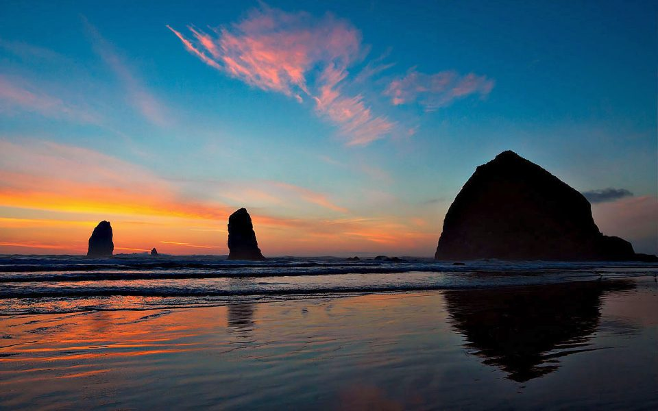 Sunset on Cannon Beach - Julius Kovatch