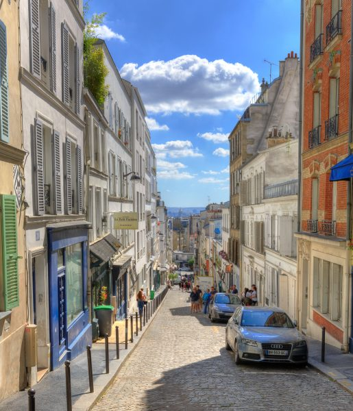 A Walk Through Montmartre 04 - Doug Arnold