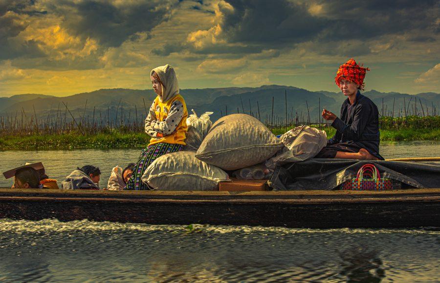 Life on Inle Lake Myanmar - Don Goldman