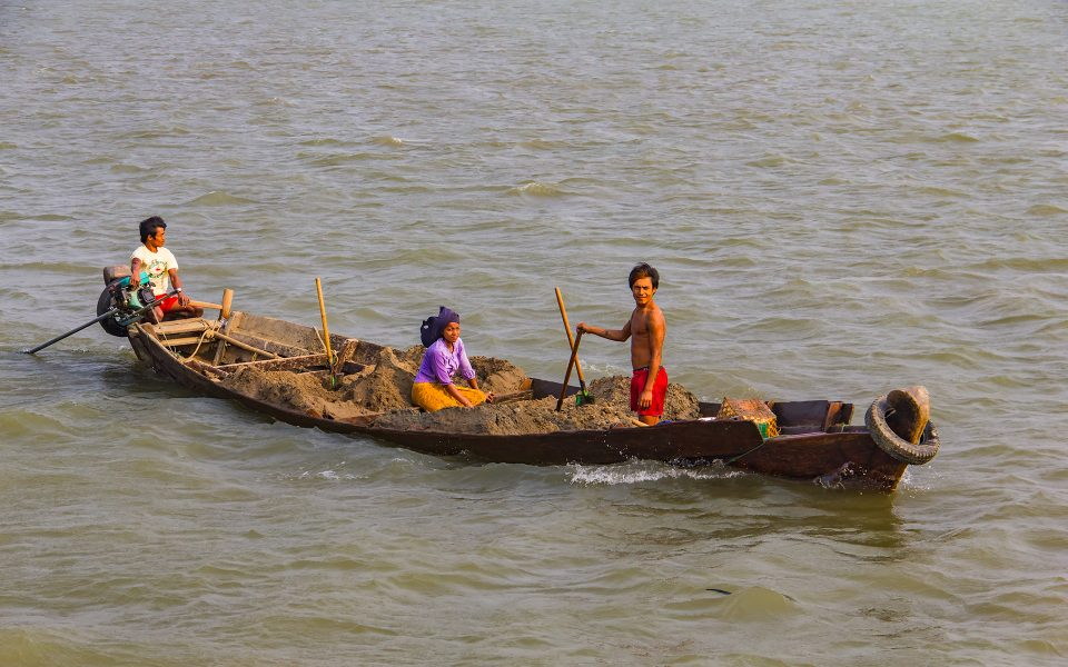 Local Transportation in Myanmar 03 - Gary Cawood