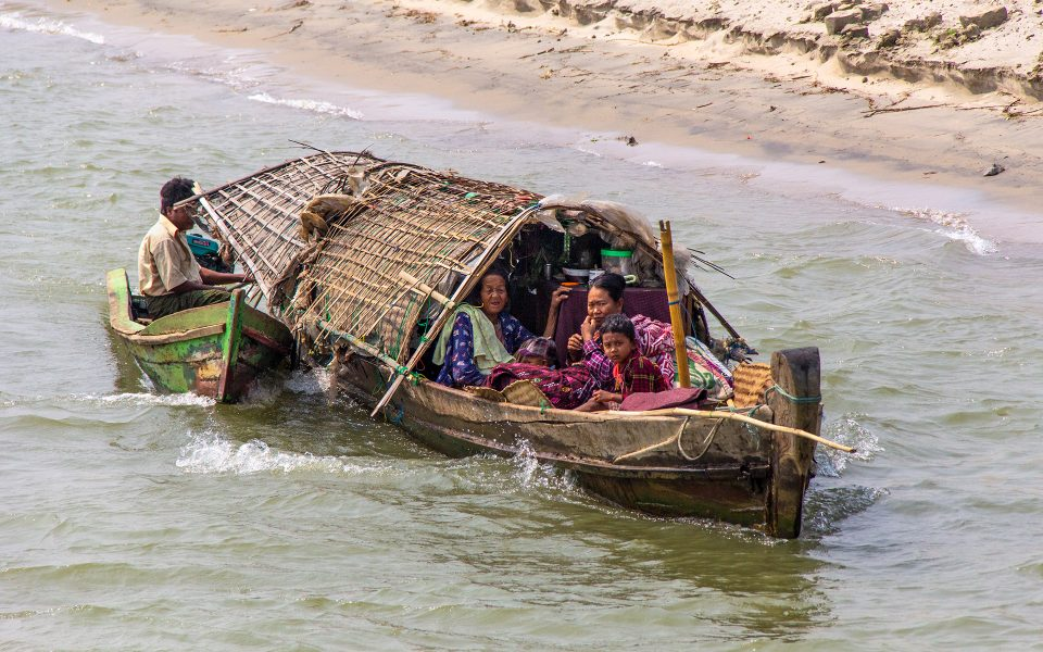 Local Transportation in Myanmar 05 - Gary Cawood