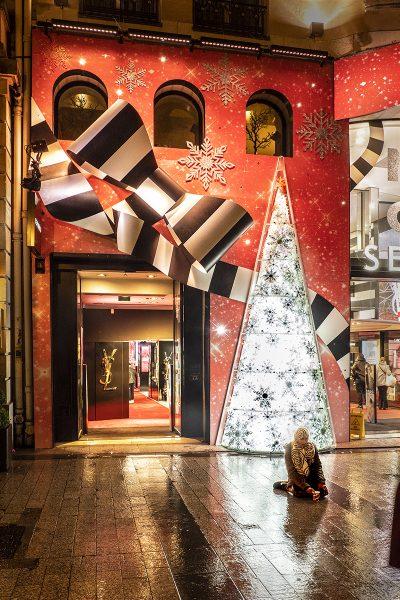 Paris Beggar at Christmas - Dennis Scott