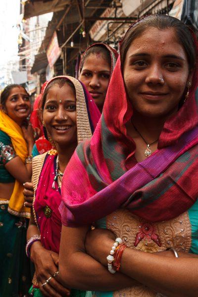 Shopping Sisters in Pushkar India - Theo Goodwin