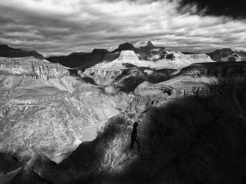 Descending into the Grand Canyon 05 - Aaron Vizzini
