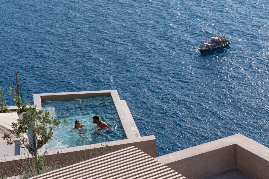 Life on Santorini 03 - Jan Lightfoot